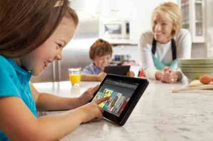 kid-using-kindle-fire