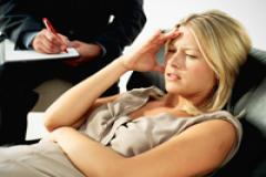 41138679-woman_with_psychiatrist_200_240x160